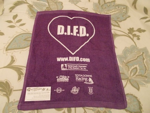 Another giveaway, purple rally towels.
