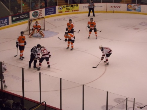 The brothers Zajac awaiting a faceoff...