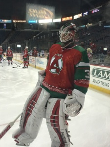 Scott Wedgewood returns! And the Puddy mask matches the holiday jersey too!